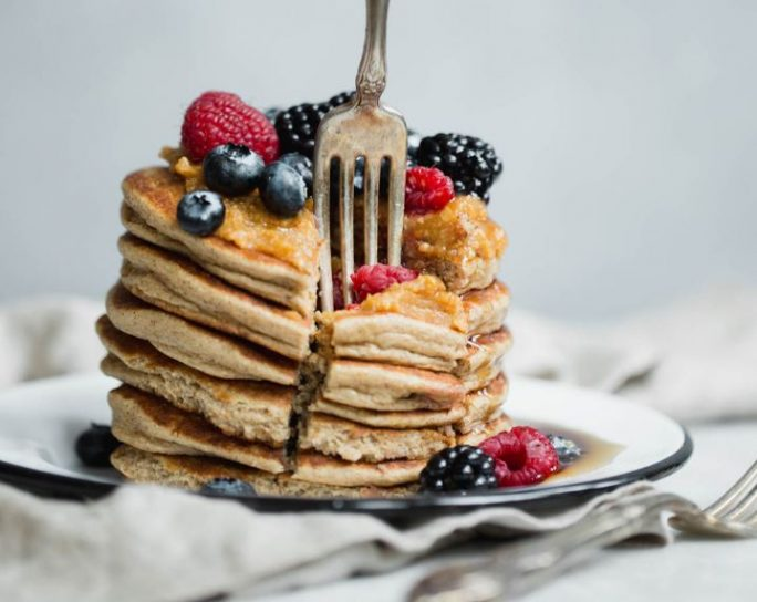 Cottage cheese banana pancakes